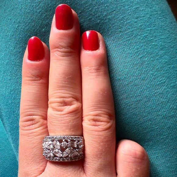 jewels diamonds engagement ring