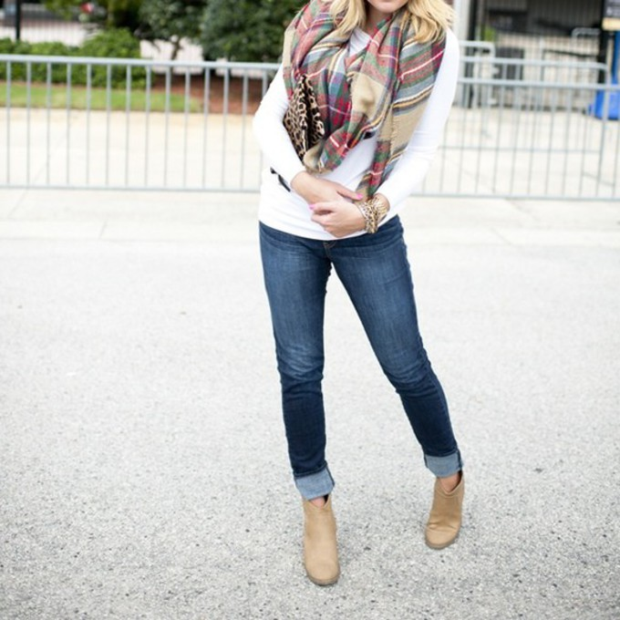 scarf plaid tumblr outfit beige fall outfits fall scarves scarves plaud plaid scarves flannel scarf burberry red plaid red plaid scarf fa winter scarf fall scarf blue jeans tan boots beige boots booties booties shoes cuff cuffed jeans winter scarfs trends scarf red