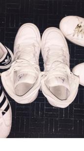 shoes,air jordan,white