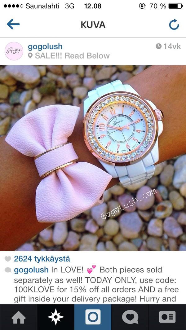 jewels pink bowtie
