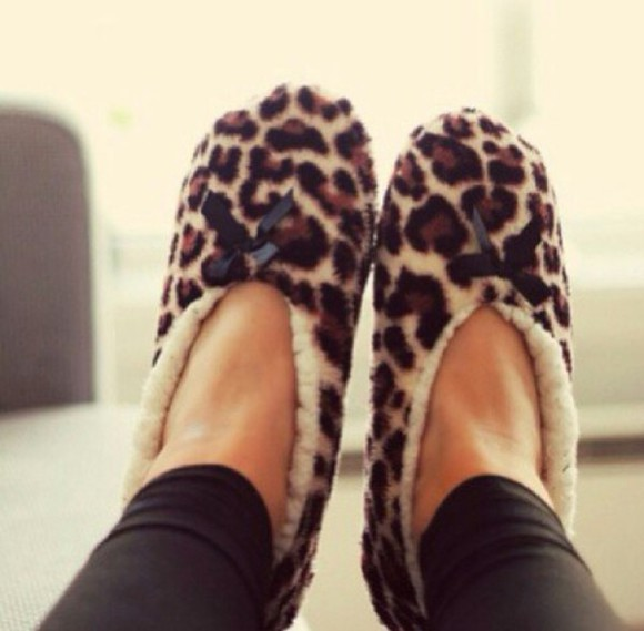style fashion cute leopard print slippers