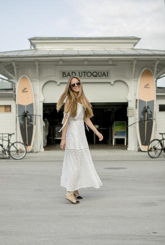 bonsoir cherie blogger dress shoes sunglasses bag boho dress bohemian maxi dress white dress flats summer outfits