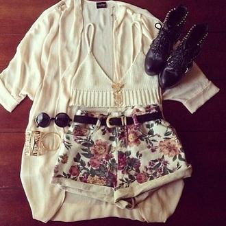 top crochet crop top crotchet beige flowered shorts flowers high waisted shorts cardigan bohemian hippie boho shirt boho boho patterns shorts boho chic shorts