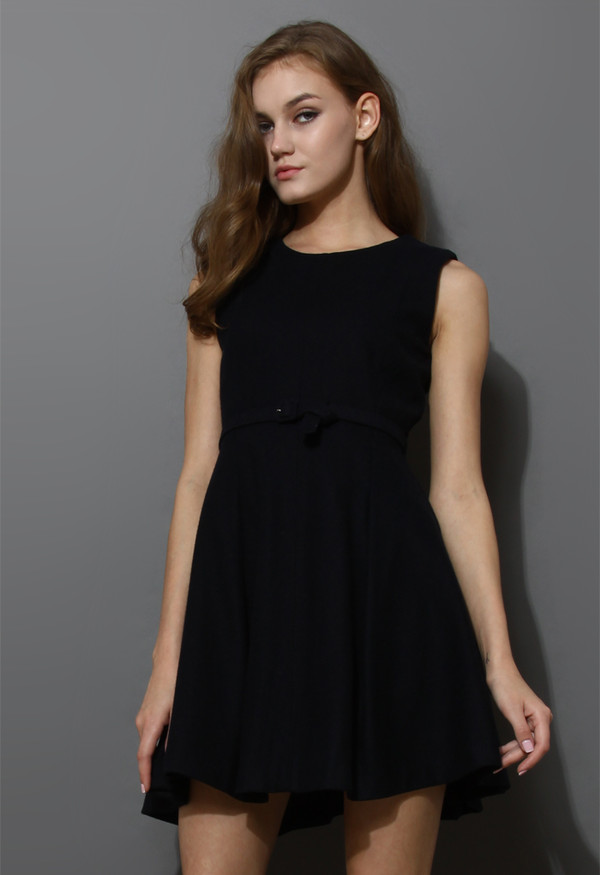 dress belted sleeveless pleated black