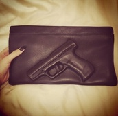 bag,gun,black