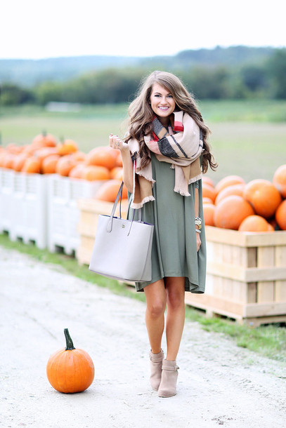 southern curls and pearls blogger cardigan jeans shoes skirt socks t-shirt scarf fall outfits infinity scarf green dress grey bag ankle boots nude boots