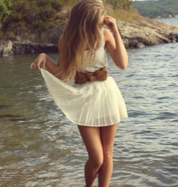 White Country Dress - Shop for White Country Dress on Wheretoget