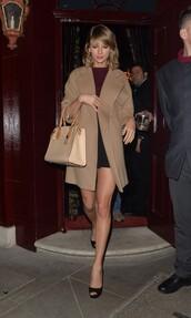 coat,top,skirt,sandals,taylor swift