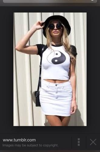 skirt denim white denim short denim skirt yin yang black and white skirt black and white hat glasses sunnies sunglasses black vintage sylish ying yang crop top style hot tumblr outfit tumblr skirt shirt