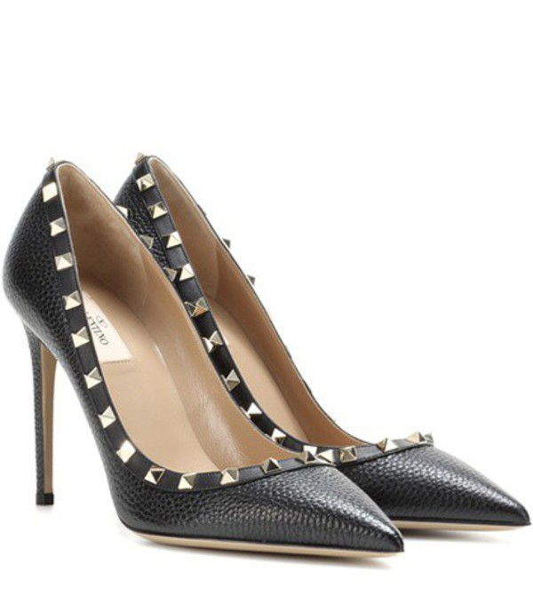 Valentino Rockstud Leather Pumps in black