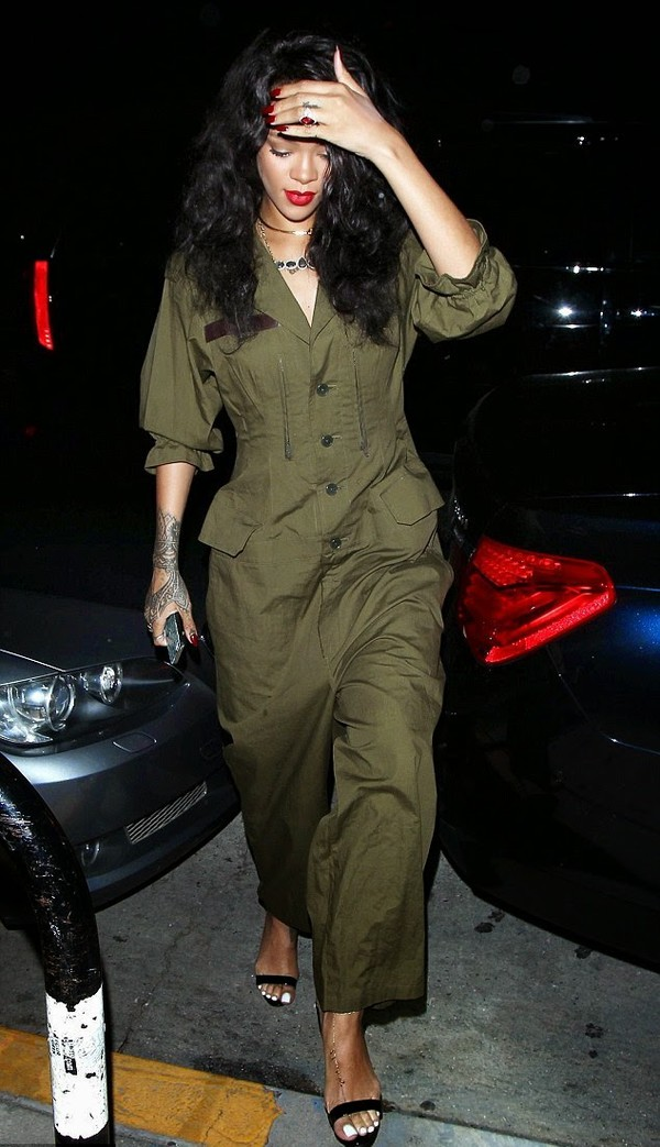 jumpsuit rihanna shoes