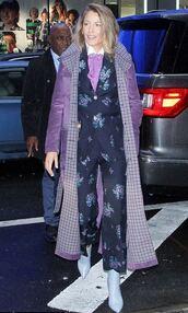 pants,suit,blake lively,blouse,lilac,fashion week