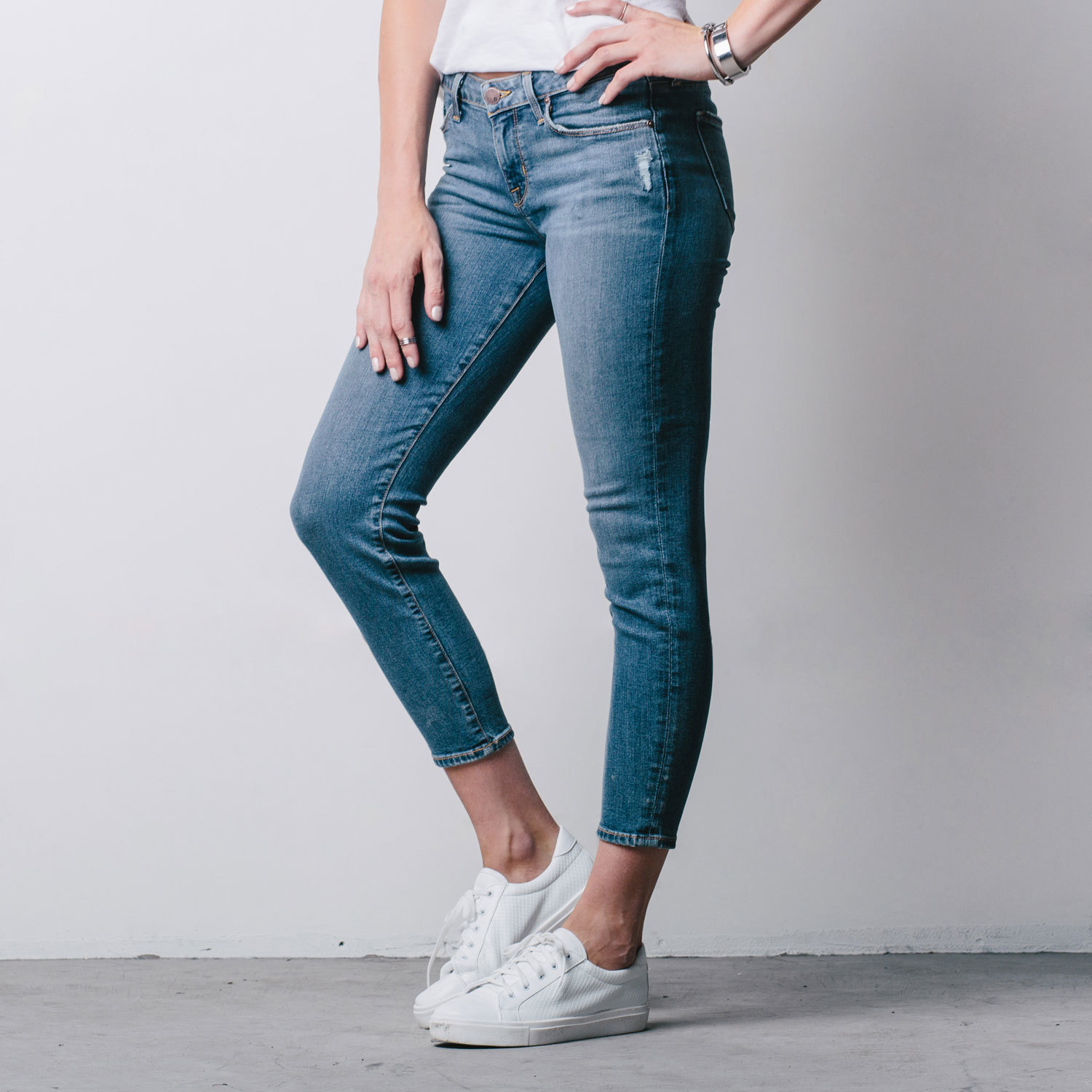 Mid Rise Cropped Skinny Jeans In Destructed Vintage | DSTLD Luxury ...