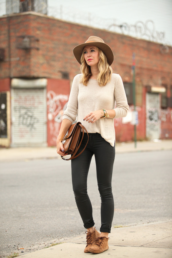 brooklyn blonde blogger bag jewels shoes pants sweater hat