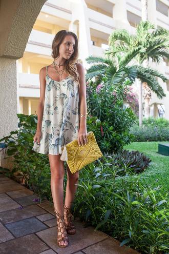 twenties girl style blogger dress bag shoes jewels mini dress summer dress summer outifts clutch sandals gladiators