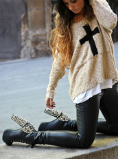 sweater,cross,beige,cream,cream sweater,shirt,cream shirt,beige shirt,knit,fashion,winter outfits,fall outfits,cute,edgy,beige sweater,shoes,pants,pullover,sparkle,spines,heels,pumps,black pumps,sexy pumps,leather,skinny pants,sweatshirt,pastel,pastel sweater,cute sweater,by this week