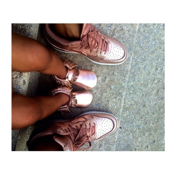 Shoes: girl