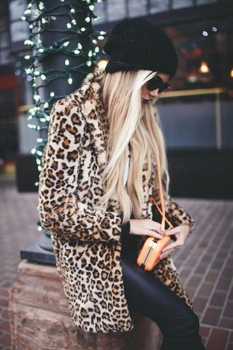 jacket leopard print high fashion style tumblr outfit fall sweater warm winter sweater winter jacket windbreaker fur coat faux fur trench coat trendy dope streetwear streetstyle coat leopard print coat winter coat holiday gift fur leopard print winter coat blogger barefoot blonde long hair blonde hair