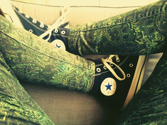 turquoise green black pants jeans leggings green pants pattern all star converse converse black shoes sneakers yellow light green