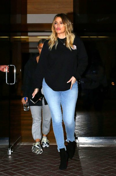 jeans sweater khloe kardashian top fall outfits sweatshirt