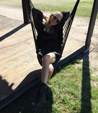 look de pernille blogger blouse skirt shoes