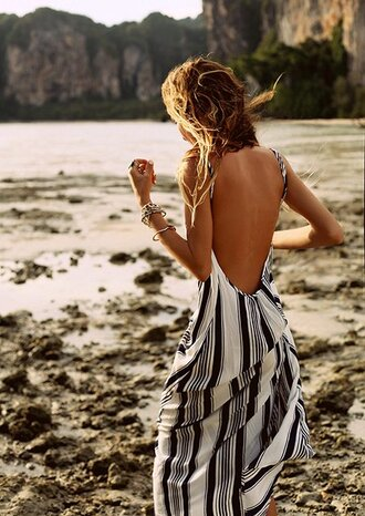 dress maxi dress black and white summer summer dress long stripes black dress white dress backless dress backless vertical stripe blue white beach dress low back maxi black grey boho low back dress striped dress navy patterned dress blue and white stripes