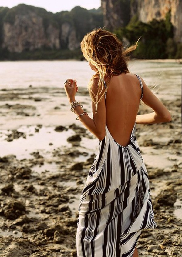 dress maxi dress black and white summer summer dress long stripes black dress white dress backless dress backless vertical stripe stripes blue white beach dress maxi dress low back maxi black grey boho low back dress striped dress navy patterned dress blue and white stripes