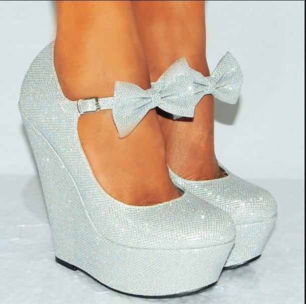 Shoes: silver platforms, wedge heels, silver glitter - Wheretoget