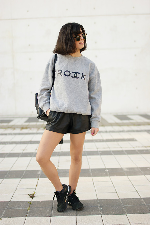vintage shoes for her shorts shoes sunglasses sweater