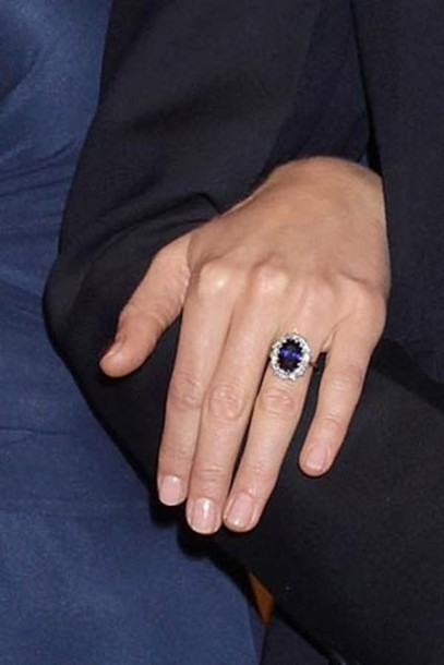 kate middleton ring engagement ring blue jewels