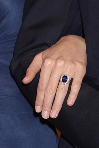 kate middleton ring engagement ring blue jewels