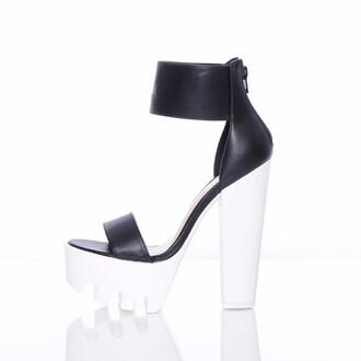 shoes grunge shoes chunky heels platform shoes public desire
