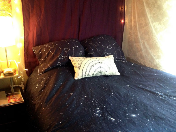 Home accessory: space, constellation, pillow, bedsheets - Wheretoget