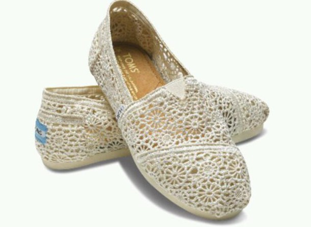 shoes crochet toms