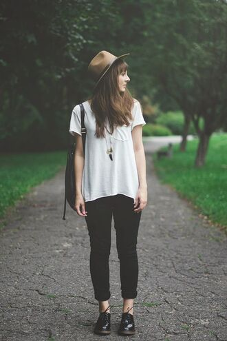 shoes white t-shirt necklace brown hat black jeans oxfords blogger