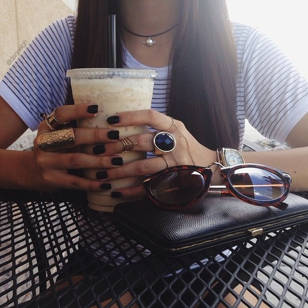 sunglasses nails nail polish drink instagram jewels jewelry ring necklace bracelets tumblr accessories accessories girl ring gold ring statement ring gemstone ring dark nail polish black choker choker necklace