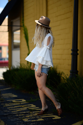 blonde bedhead,blogger,bag,hat,jewels,long sleeves,bell sleeves,denim shorts