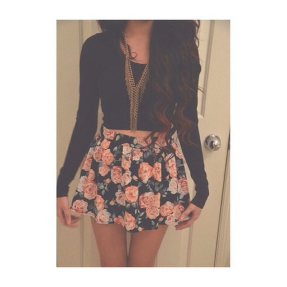 style skater skirt floral skirt fashion skirt floral short shortskirt pink purple black cute tumblr clothes jewels shirt roses floral skirt flower skater skirt shirt floral skirt long sleeve crop roses roses black flowers