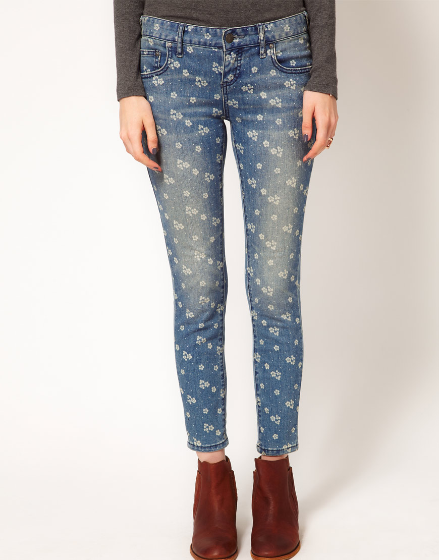 Free People Skinny Jeans in Ditsy Daisy Print at asos.com