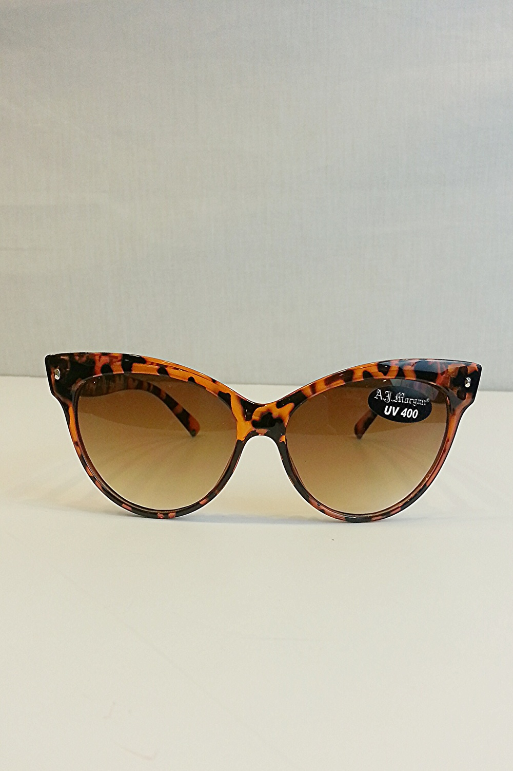 Contessa Tortoise Cat-Eye Sunglasses — SIMPLY CHIC