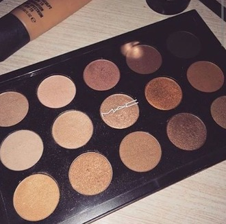 make-up mac cosmetics eye makeup eye shadow sparkly eyeshadow