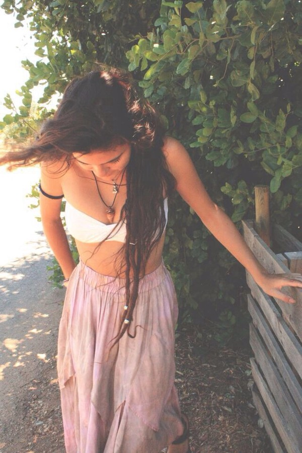 bandeau swimsuit bikini top boho brunette ong hair boho jewelry maxi skirt pink skirt summer beach summer outfits baggy