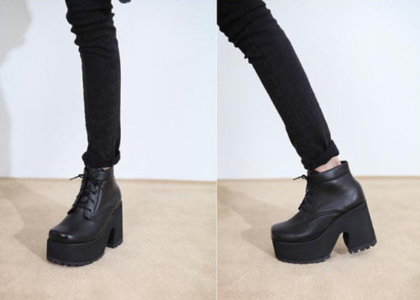Shoes: boots, leather, black, platform shoes - Wheretoget