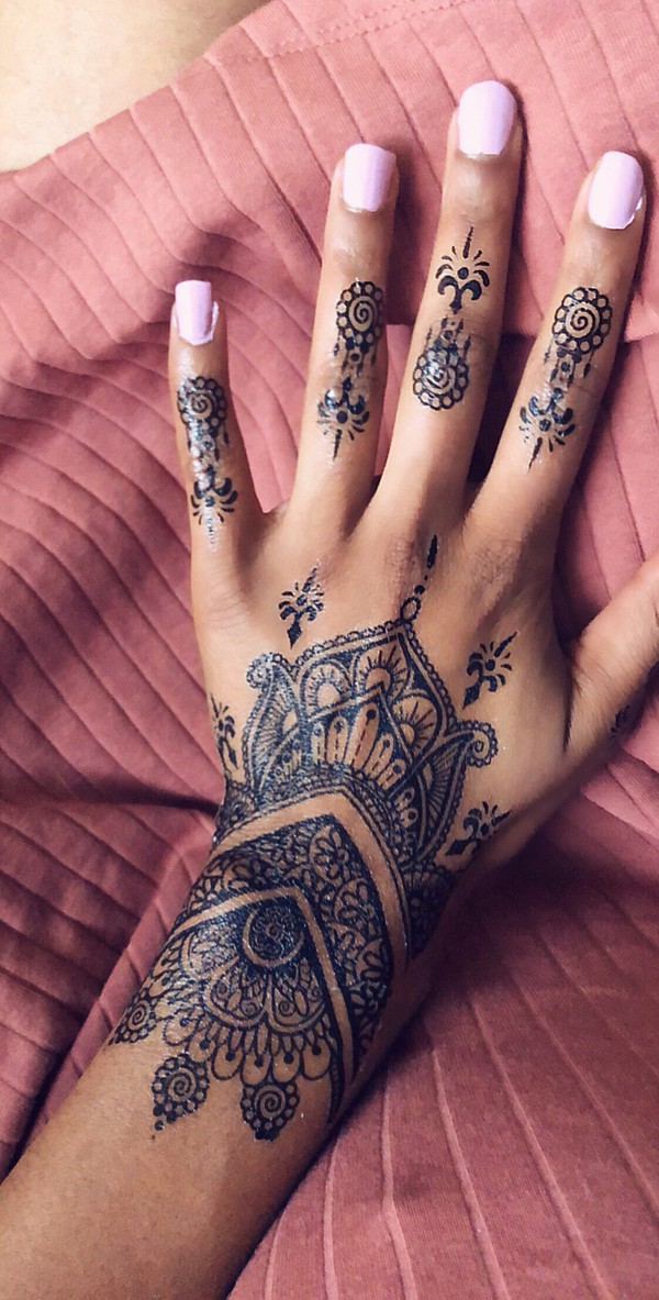 nail accessories henna henna tattoo tattoo summer accessories summer beauty nail polish summer outfits girl boho festival music festival