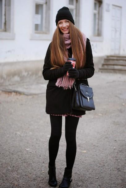 yuliasi blogger knitted scarf satchel bag comfy dress coat shoes hat scarf bag
