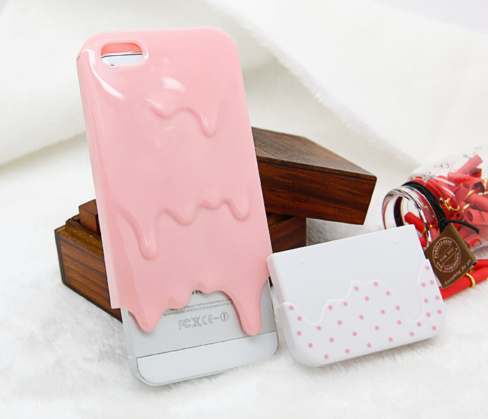 Melt Over Polka Dots Case iPhone 5