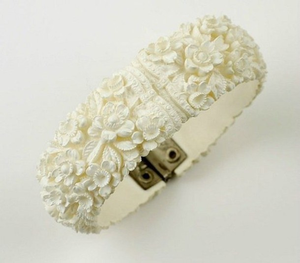 jewels white bracelet