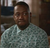 shirt,new girl,green,winston bishop,lamorne morris