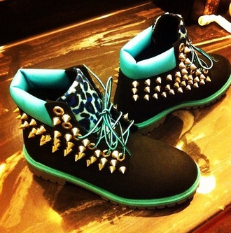 shoes blue cheetah print timberlands boots spikes blue studded timberlands timberlands boots studs studz black and blue timbrlands spiked timberlands blue timberlands timbs leopard timberlands spiked shoes blue