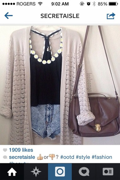shirt black daisy tank top